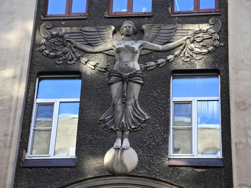 Петроградская сторона. Между ангелом и бесом - экскурсия в Санкт-Петербурге