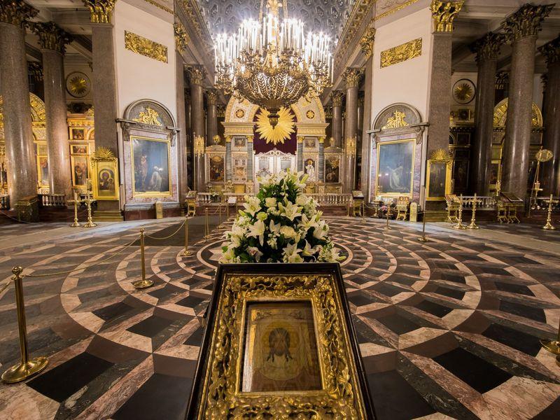 Казанский собор снаружи и внутри - экскурсия в Санкт-Петербурге