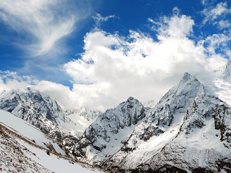 Домбай — страна синего неба, щедрого солнца и снежных вершин - экскурсия в Кисловодске