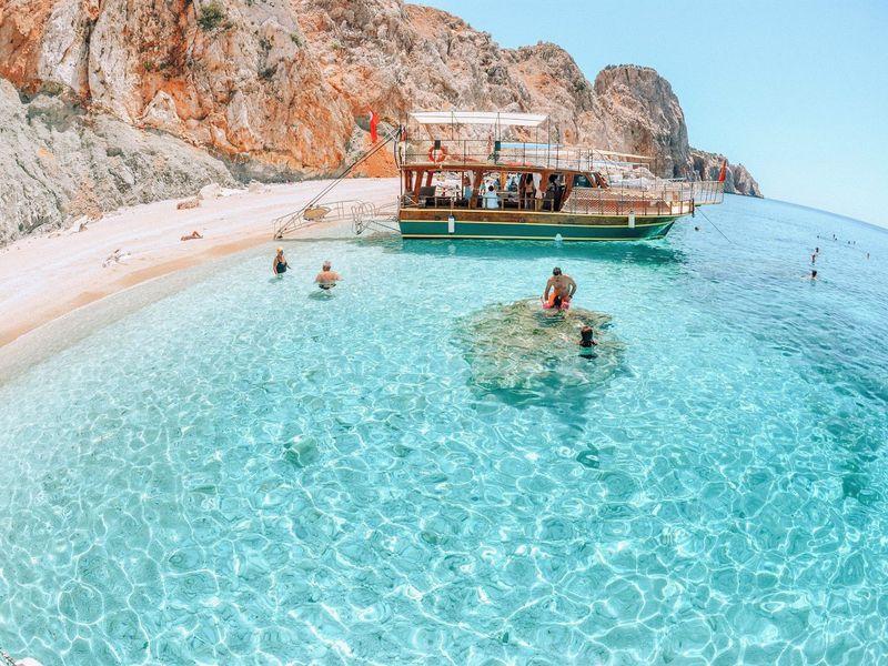 Прогулка на яхте и отдых на райском острове Сулуада - экскурсия в Анталии