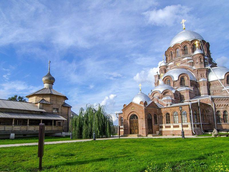 Свияжск, Раифский монастырь иХрам всех религий - экскурсия в Казани