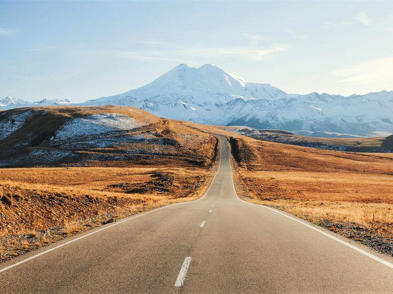 Джип-путешествие к склону Эльбруса: горы, водопады и нарзаны Джилы-су - экскурсия в Кисловодске