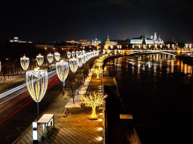 Поновогодней Москве— наавтомобиле! - экскурсия в Москве