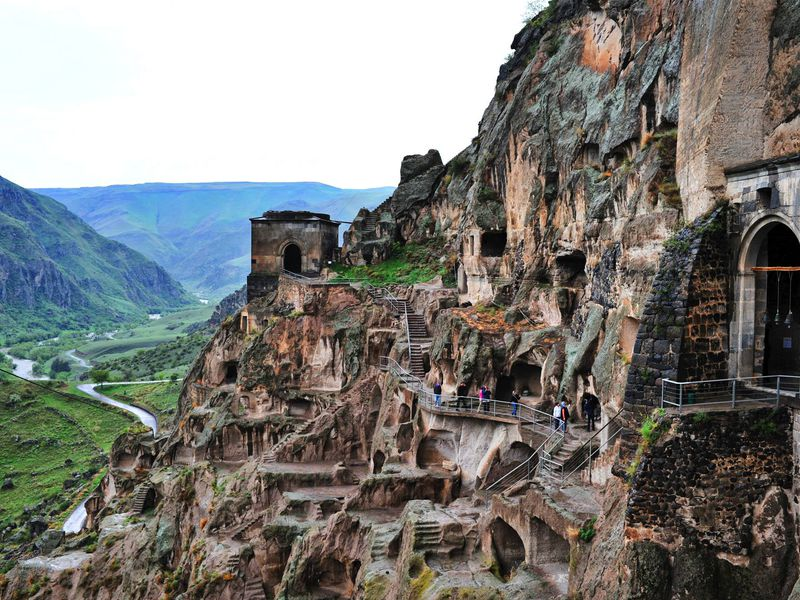 Красочная Месхетия: Боржоми-Вардзия-Ахалцихе - экскурсия в Тбилиси