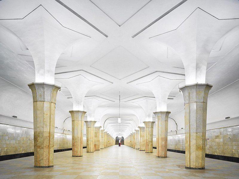 Московское метро: подземный храм СССР - экскурсия в Москве