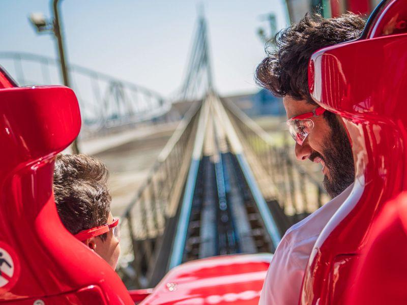 Билеты в парк Ferrari World с обедом - экскурсия в Дубае