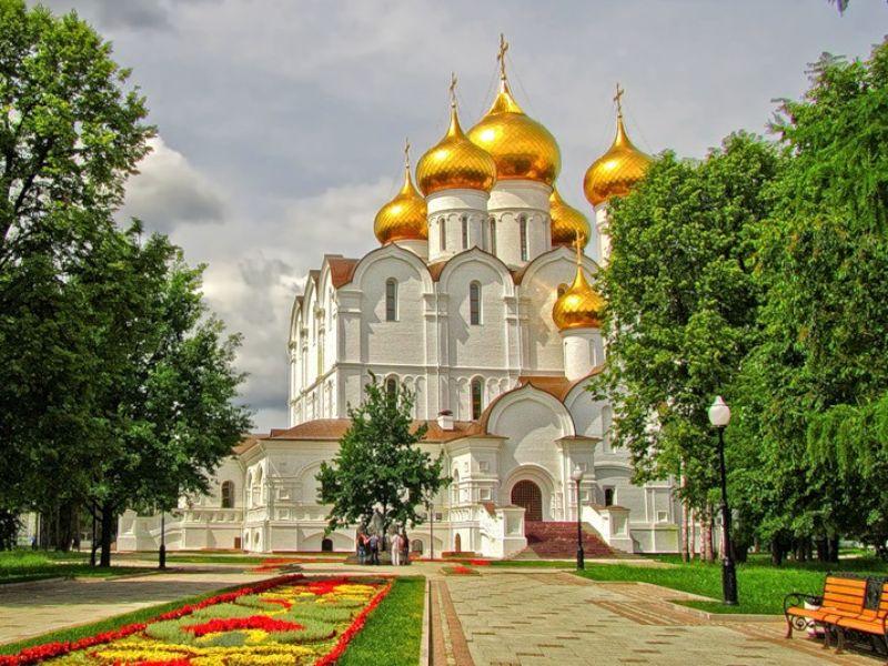 Чудесные храмы и святыни Ярославля - экскурсия в Ярославле
