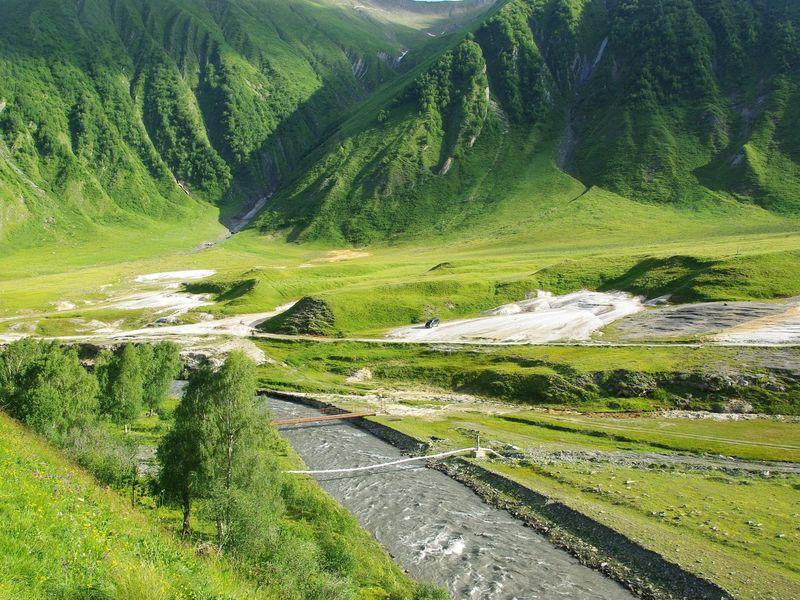 Затерянное ущелье Трусо и долина нарзанов - экскурсия в Тбилиси
