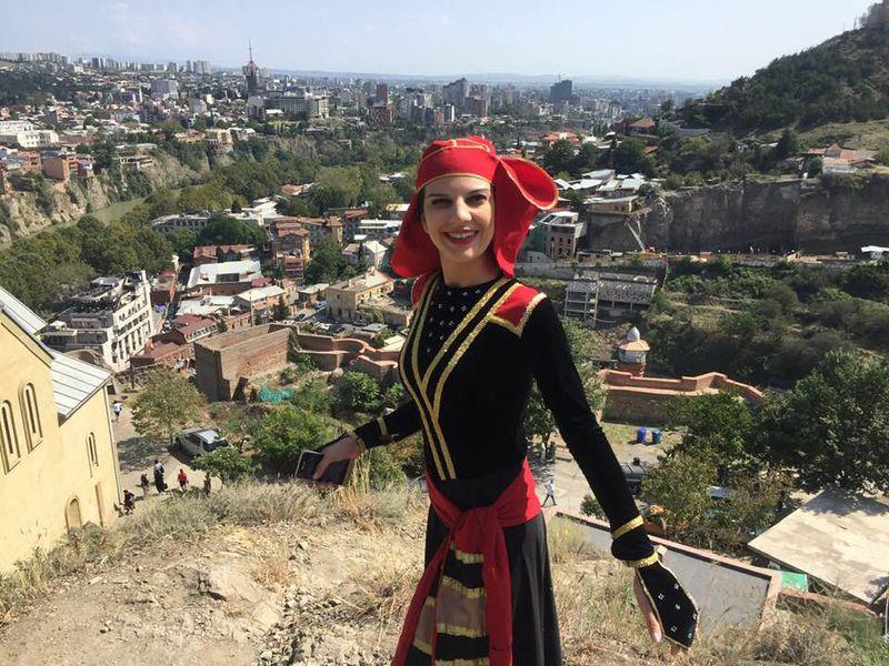 Мастер-класс погрузинским танцам - экскурсия в Тбилиси