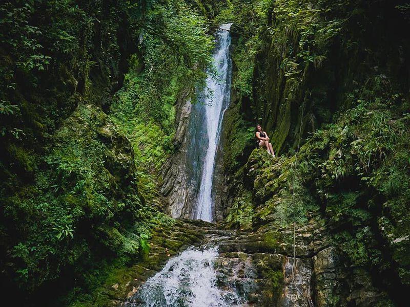 Водопад Бзогу и чаепитие с блинами - экскурсия в Сочи