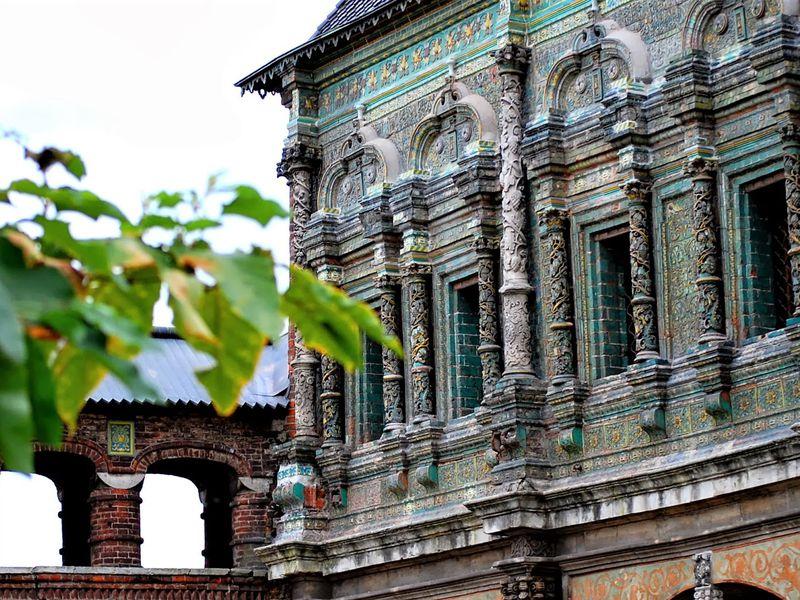 Крутицкое подворье и Новоспасский монастырь - экскурсия в Москве