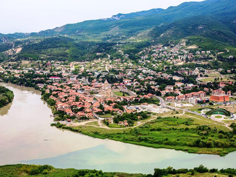 Духовная Мцхета, языческий Уплисцихе и целебный Боржоми - экскурсия в Тбилиси