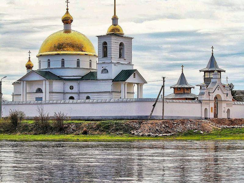 ИзПскова— вгород-крепость Остров - экскурсия в Пскове