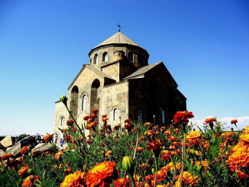 Шесть типов армянских храмов и их тайны - экскурсия в Ереване
