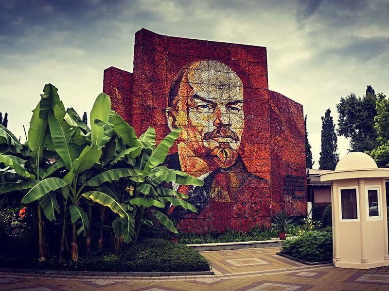 Экскурсия впрошлое: советский курорт Сочи - экскурсия в Сочи