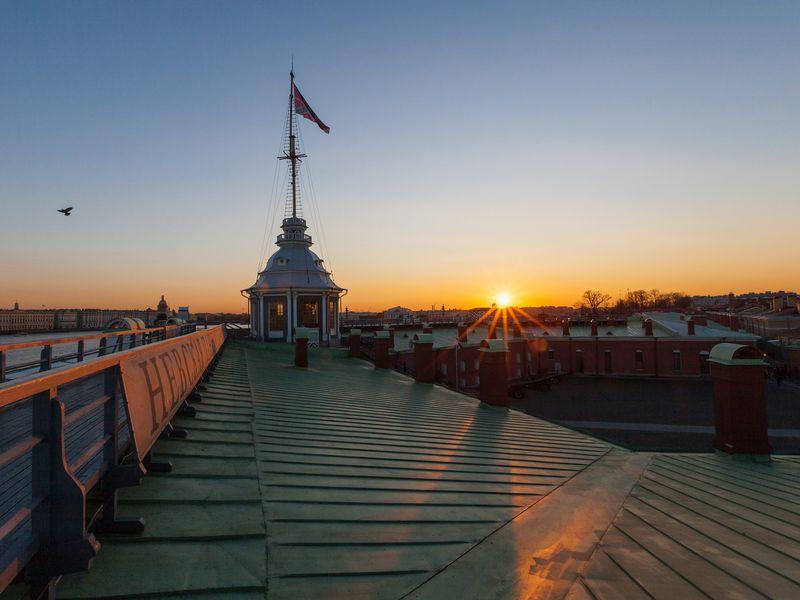 Петропавловская крепость— оттоннелей докрыши - экскурсия в Санкт-Петербурге