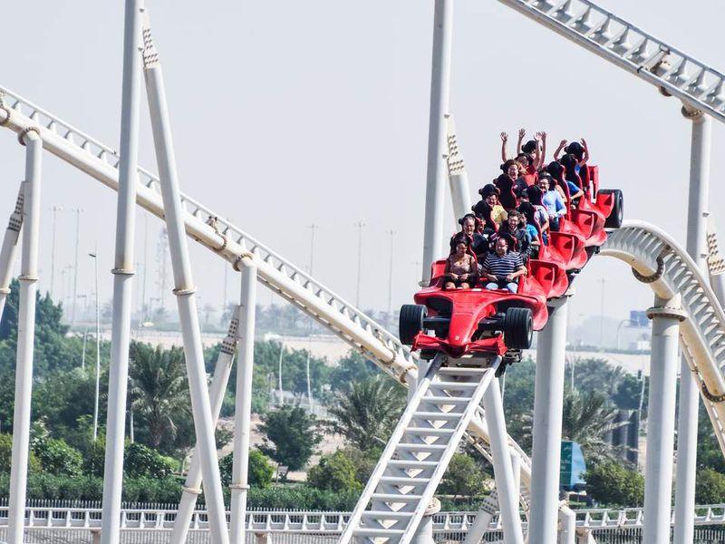 Парк развлечений «FerrariWorld» - экскурсия в Дубае