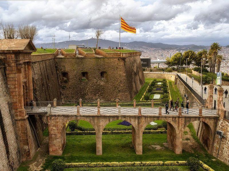 Барселона 360°— свысоты горы Монтжуик - экскурсия в Барселоне