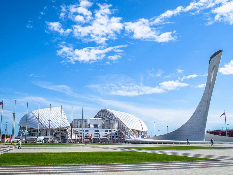 Автомобильное путешествие в Олимпийский парк - экскурсия в Адлере