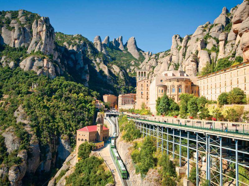 Монтсеррат— источник силы ивдохновения - экскурсия в Барселоне