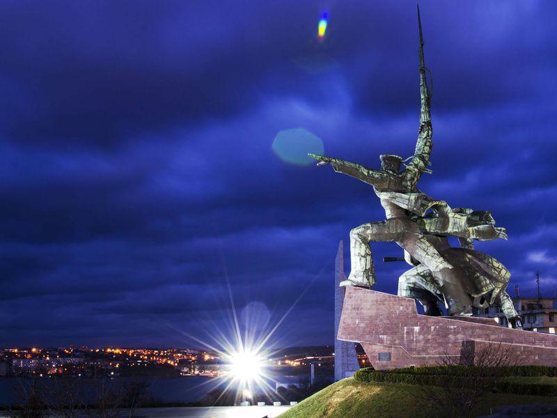 Ночная атмосфера Севастополя - экскурсия в Севастополе