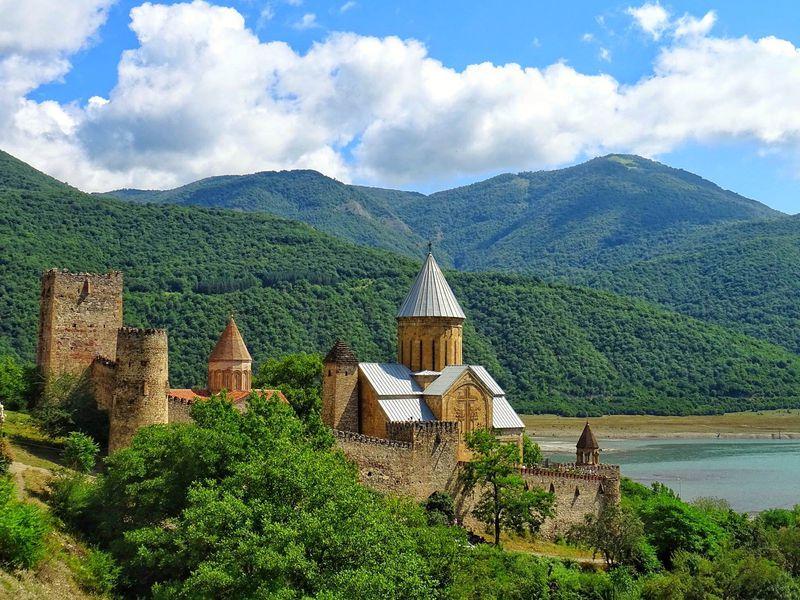 На пути к седому Казбеку - экскурсия в Тбилиси