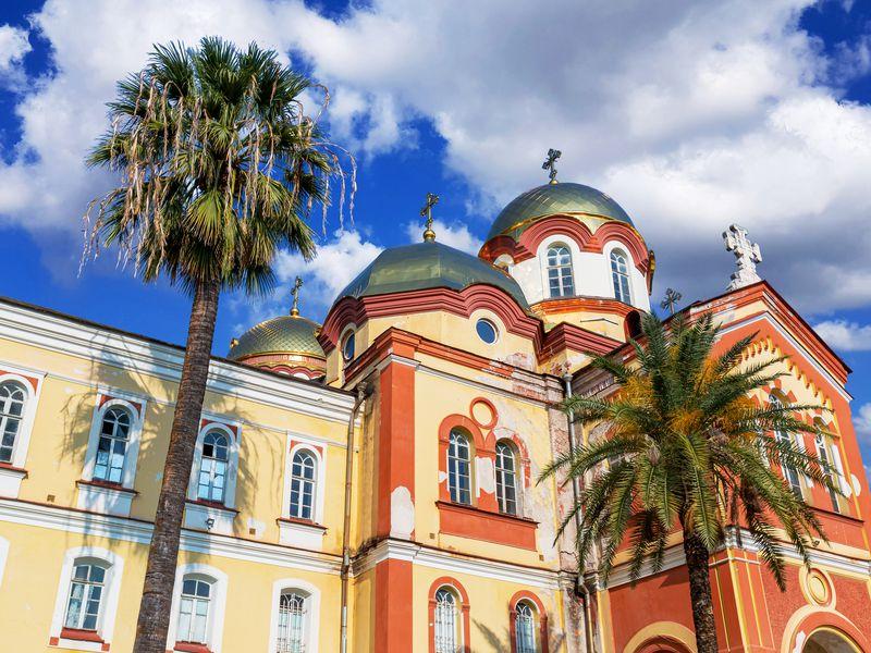 Сказочная Абхазия - экскурсия в Сочи