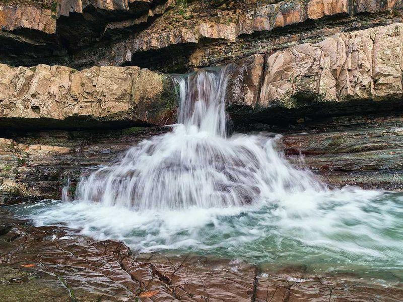 Пешком по Пикету: мини-поход к Змейковским водопадам - экскурсия в Сочи