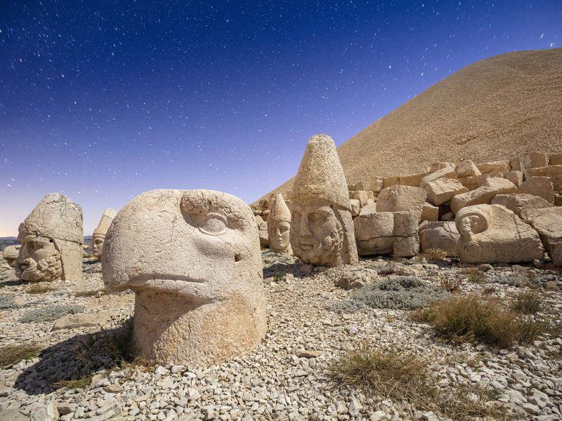Гора богов Немрут-Даг игород пророков Шанлыурфа - экскурсия в Анталии