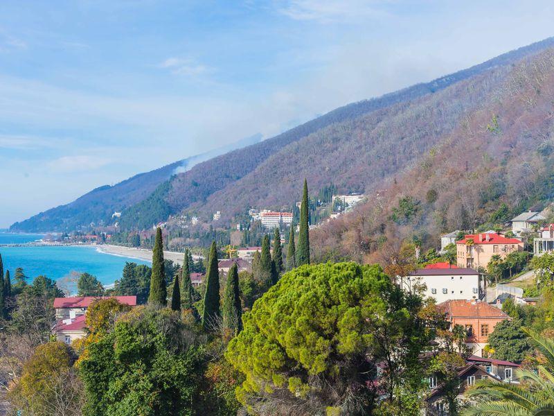 Автобусная экскурсия «Абхазия впервые» - экскурсия в Адлере