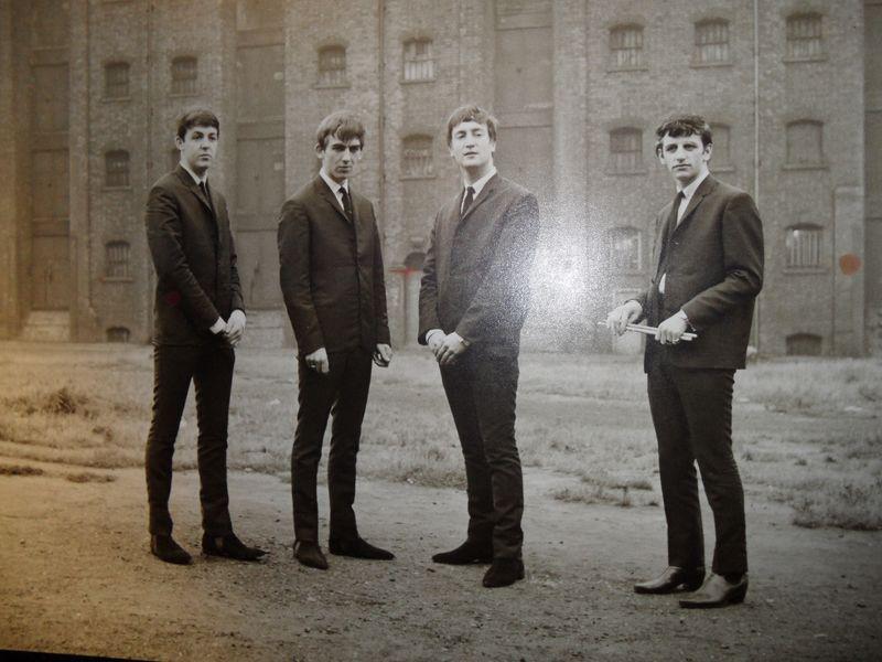 Путешествие по местам The Beatles - экскурсия в Ливерпуле