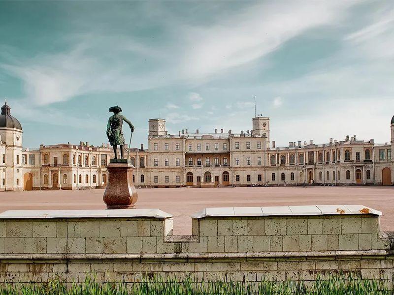 В таинственную Гатчину на автомобиле - экскурсия в Санкт-Петербурге