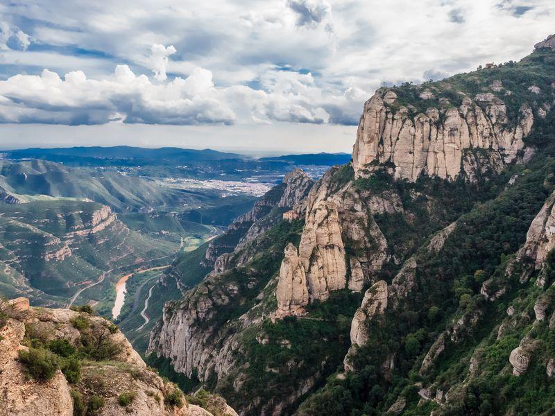 ВМонсеррат— монастырь усамого неба - экскурсия в Барселоне
