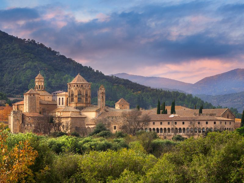 Монастырь Поблет: королевская усыпальница идуша Каталонии - экскурсия в Таррагоне