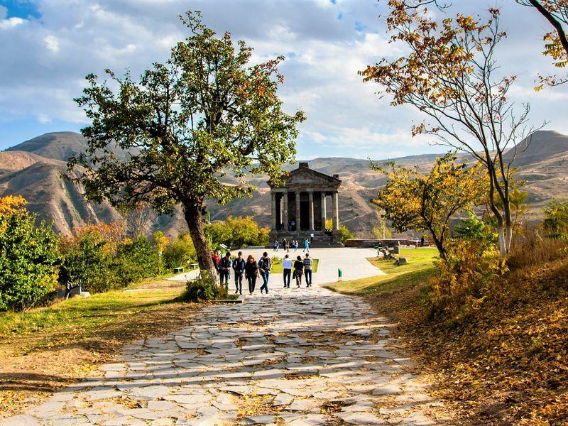 Армения — историческая, христианская, вкусная - экскурсия в Ереване