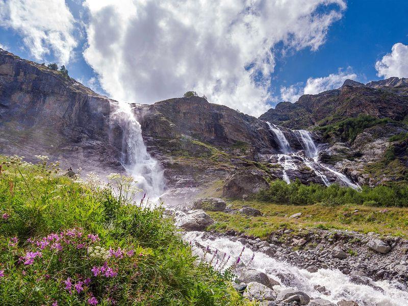 ИзКисловодска— к Софийским водопадам - экскурсия в Кисловодске