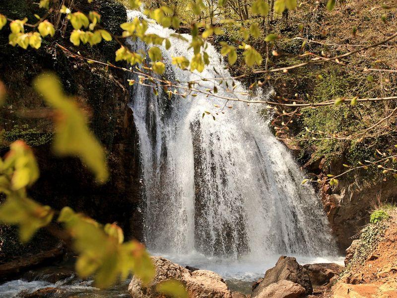 Наедине с природой: водопад Джур-Джур - экскурсия в Алуште