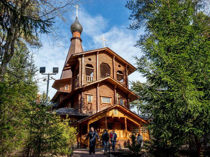 Дачная Вырица: прогулка поКняжеской Долине - экскурсия в Санкт-Петербурге