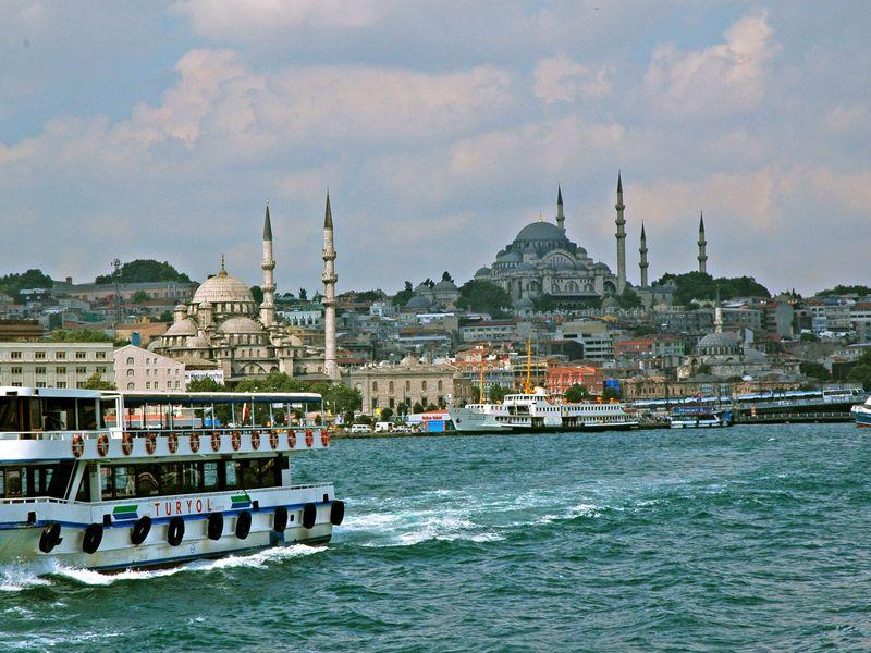 Прогулка по Босфору с гидом - экскурсия в Стамбуле