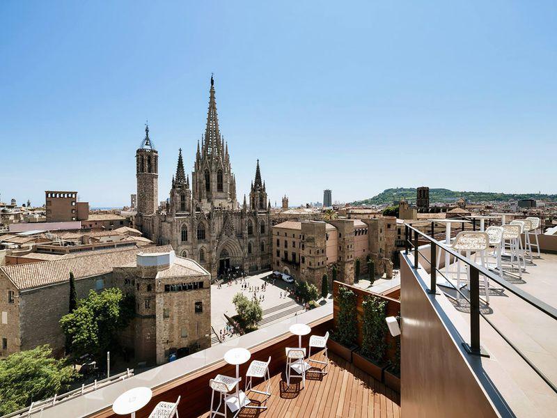 Барселона 3 в 1: крыши, велосипед, обзорная - экскурсия в Барселоне