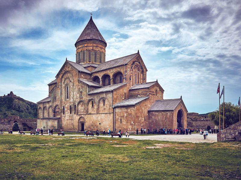 Архитектурное ожерелье Мцхеты – христианские храмы и античный Уплисцихе - экскурсия в Тбилиси