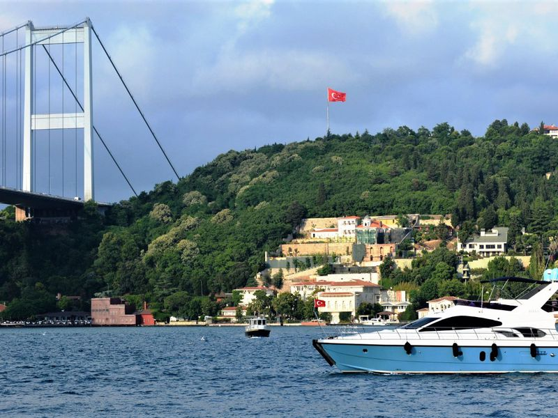 Яхта, парус, Босфор! - экскурсия в Стамбуле