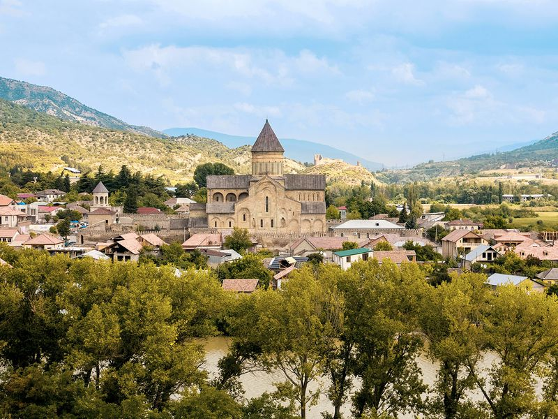 Архитектурное ожерелье Мцхеты – христианские храмы и античный Уплисцихе - экскурсия в Мцхете