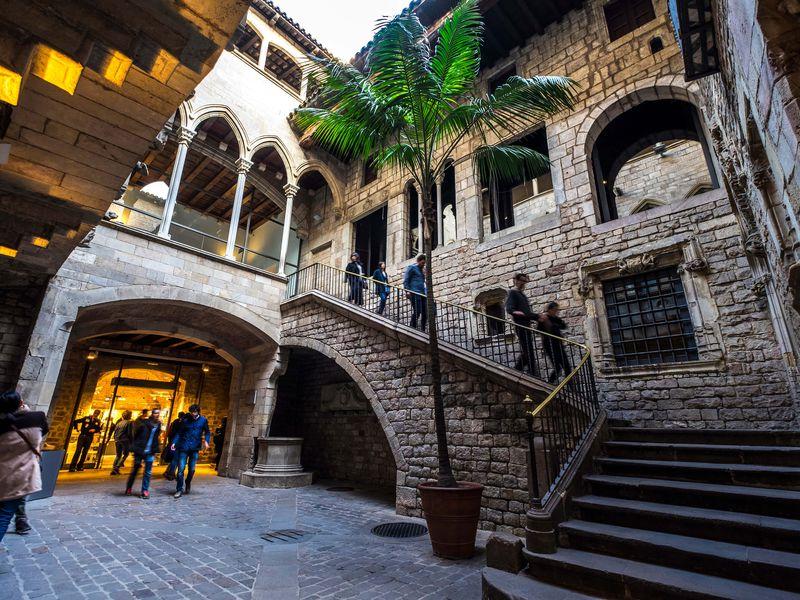 Барселона, о которой вы не догадывались - экскурсия в Барселоне