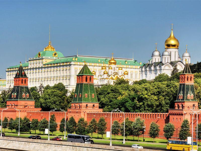 Московский Кремль с гидом-историком. Билеты включены - экскурсия в Москве