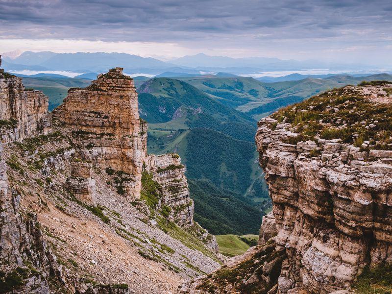 Курс на Эльбрус: джип-тур на плато Бермамыт - экскурсия в Кисловодске
