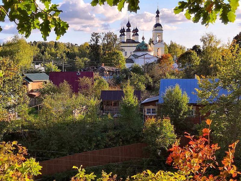 ИзЯрославля вгород-вдохновение Плёс - экскурсия в Ярославле