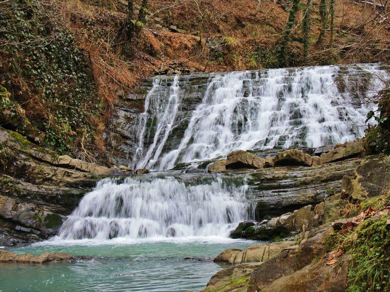 Чарующие Змейковские водопады - экскурсия в Сочи
