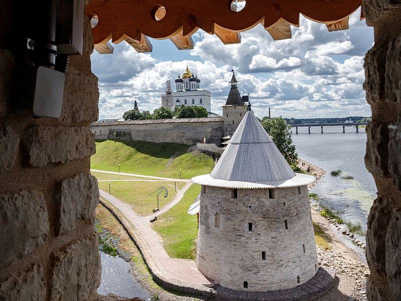 Глазами зодчего: секреты Псковской крепости - экскурсия в Пскове