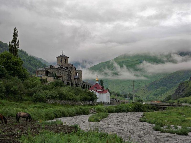 Путь к сердцу Алании: отгорных ущелий до«города мертвых» - экскурсия в Владикавказе